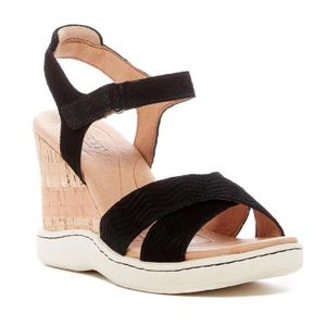 Born Coltyn Black Suede Strappy Wedge Sandals